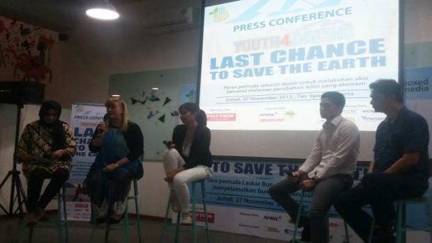 Nov-2015-Pressconference in Jakarta with Nesha, Kevin and producer Liz Courtney (Beritasatu.com/Feriawan Hidayat)